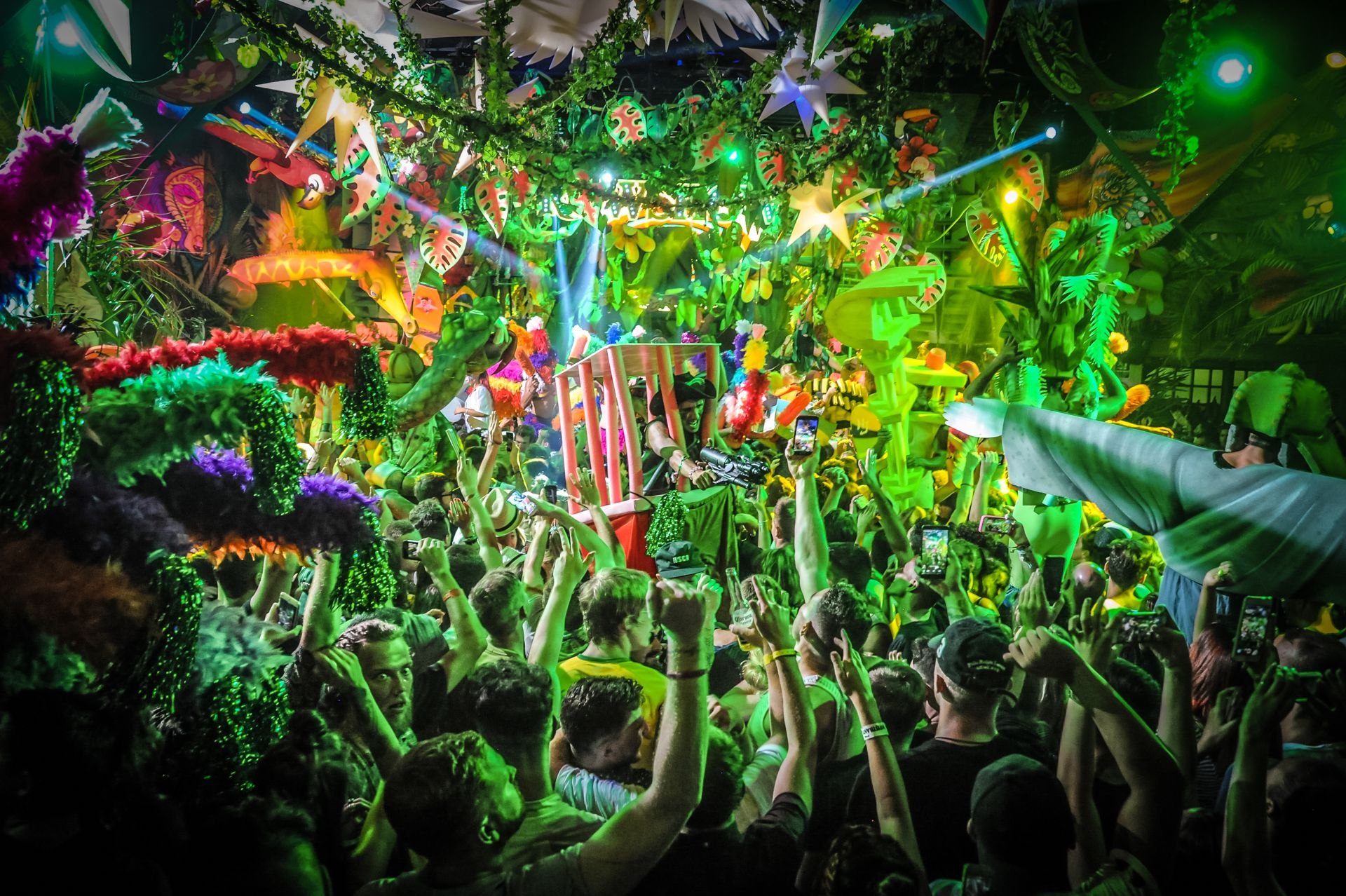 sambowdromo do brasil lost in the deepest amazon our djs go wild but